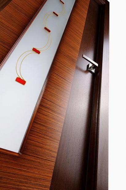 Двери шпонированные Классика Люкс (остекленное) от Belwooddoors